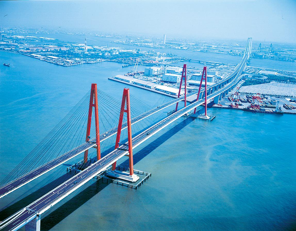 名港西大橋(名港トリトン) | ...